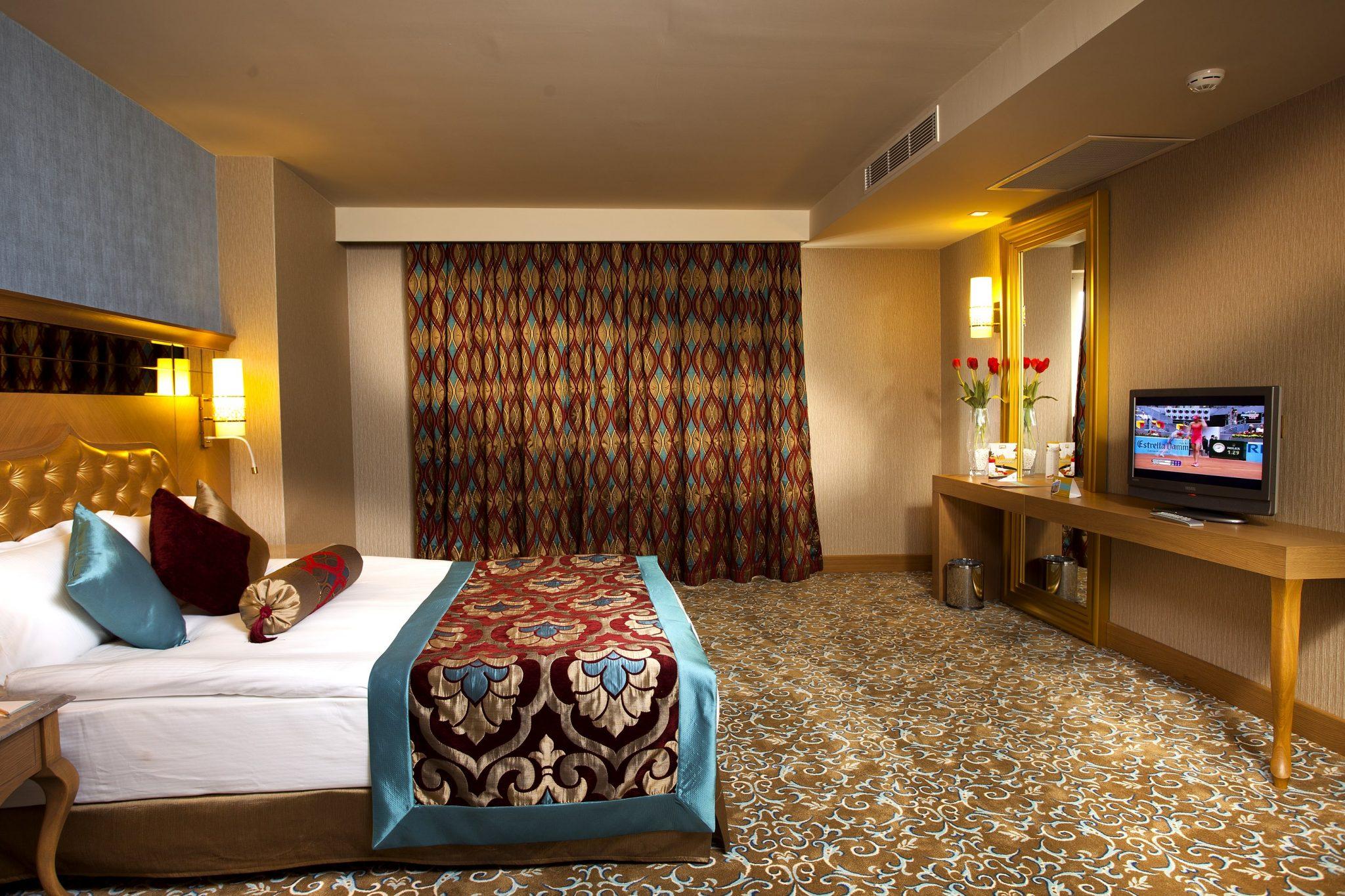 Letovanje_Turska_Hoteli_Avio_Antalija_Hotel_Royal_Holiday_Palace-19-scaled.jpg