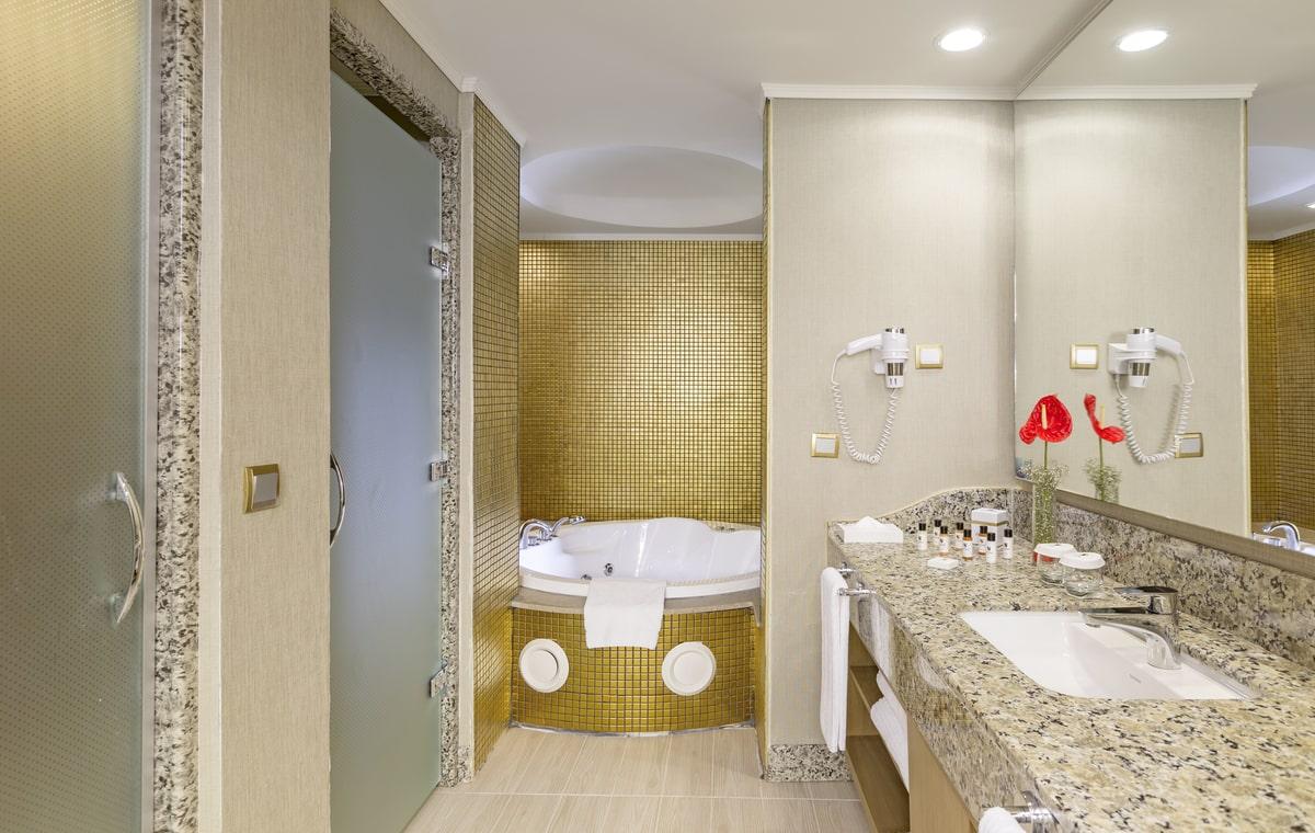 Letovanje_Turska_Hoteli_Avio_Antalija_Hotel_Royal_Holiday_Palace-21.jpg