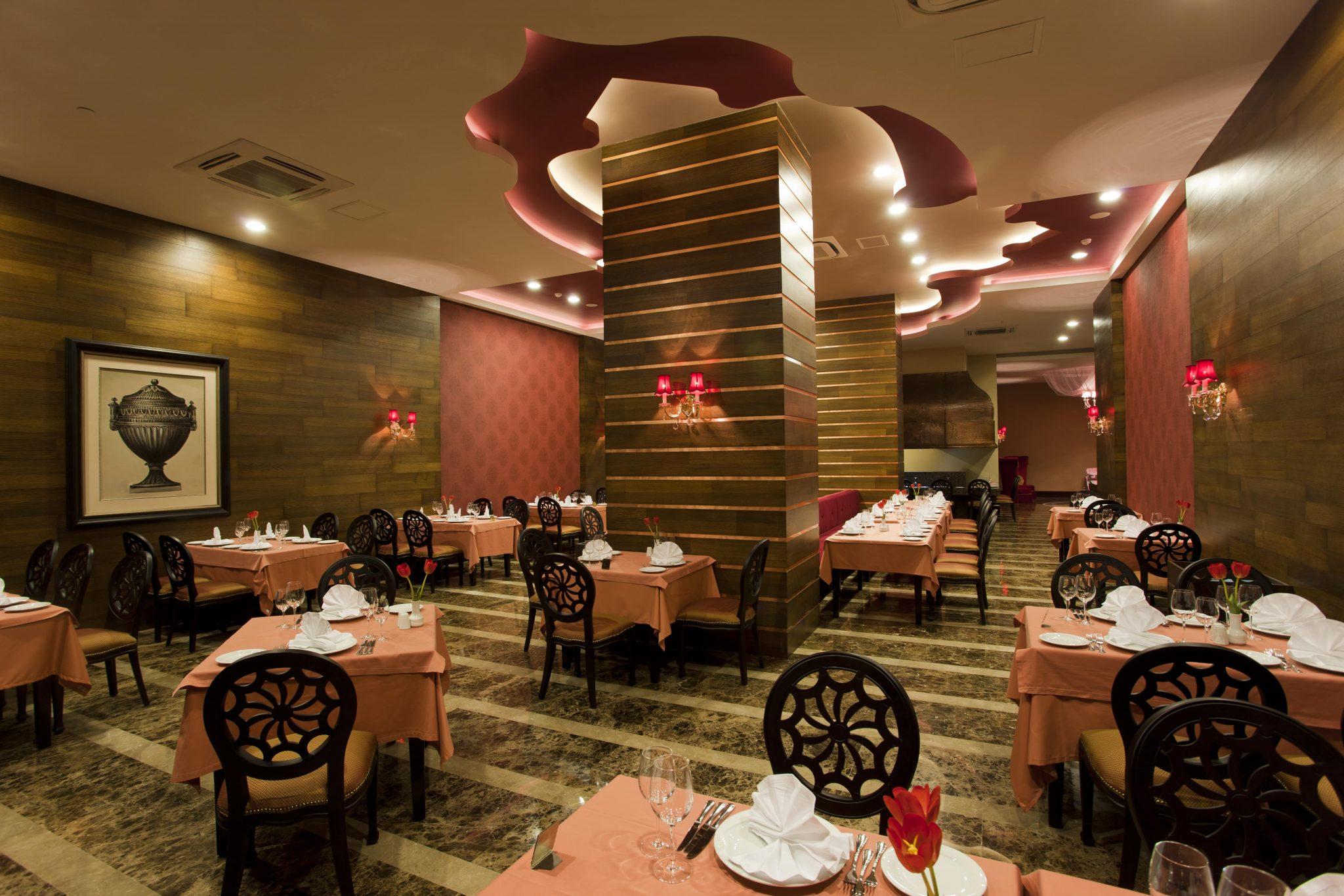 Letovanje_Turska_Hoteli_Avio_Antalija_Hotel_Royal_Holiday_Palace-26-scaled.jpg