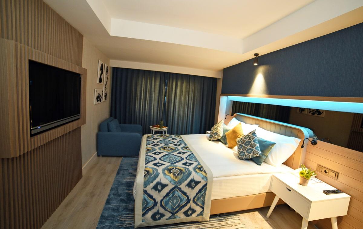 Letovanje_Turska_Hoteli_Avio_Antalija_Hotel_Royal_Wings_Lara-11.jpg