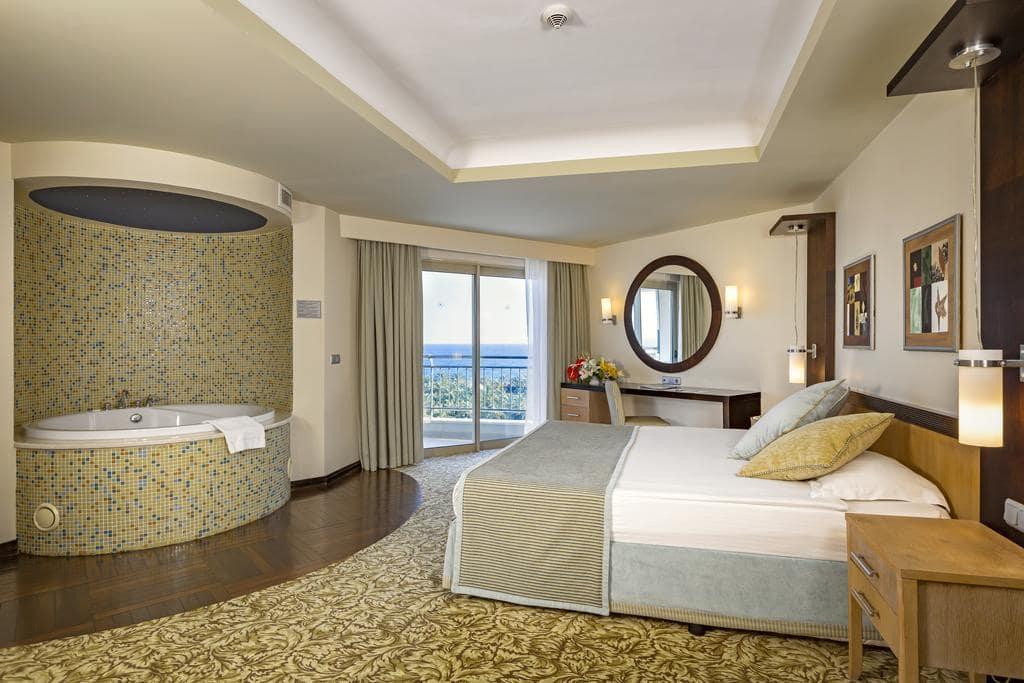 Letovanje_Turska_Hoteli_Avio_Antalija_Hotel_Royal_Wings_Lara-13.jpg
