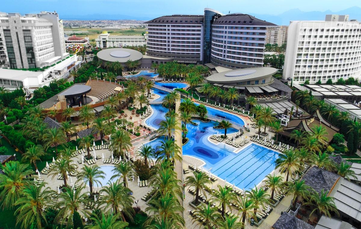 Letovanje_Turska_Hoteli_Avio_Antalija_Hotel_Royal_Wings_Lara-2.jpg