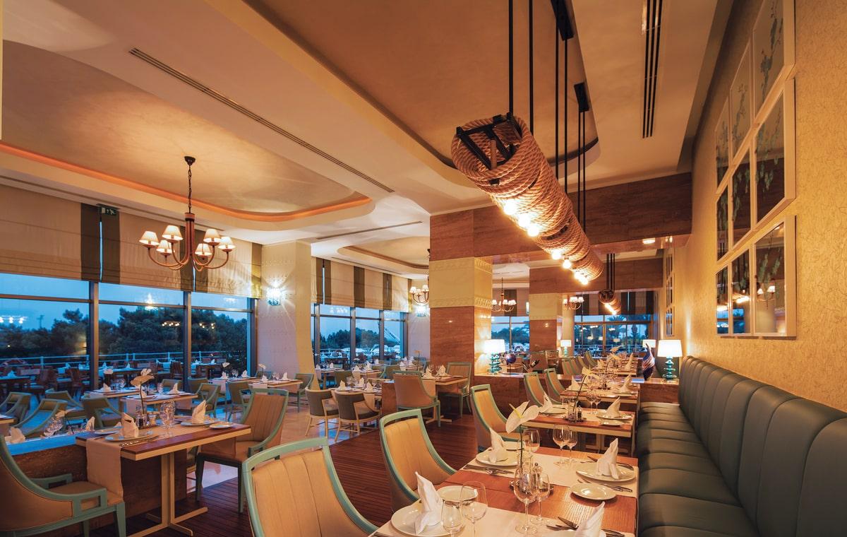 Letovanje_Turska_Hoteli_Avio_Antalija_Hotel_Titanic_Beach_Lara-16.jpg
