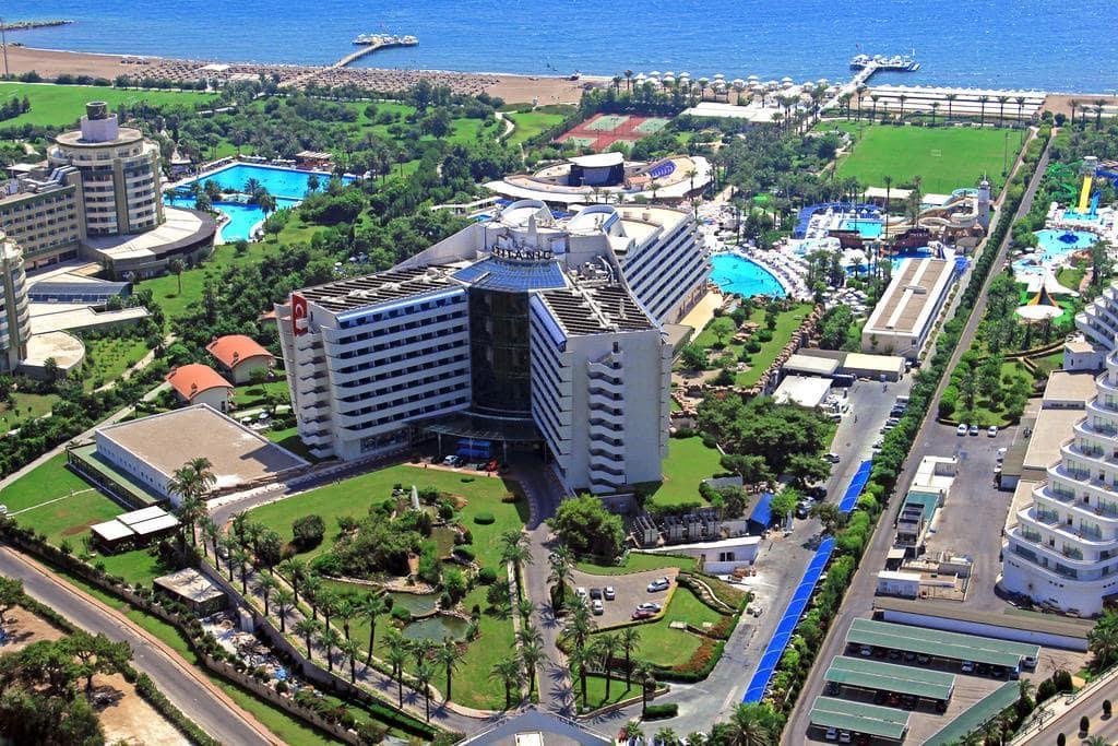 Letovanje_Turska_Hoteli_Avio_Antalija_Hotel_Titanic_Beach_Lara-2.jpg