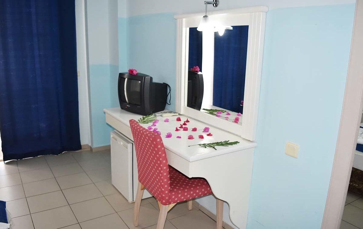 Letovanje_Turska_Hoteli_Avio_Kemer_Hotel_Ares_Blue-10.jpg
