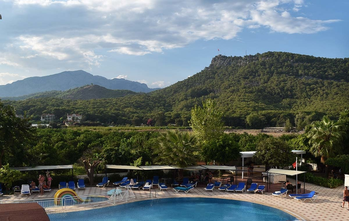 Letovanje_Turska_Hoteli_Avio_Kemer_Hotel_Ares_Blue-5.jpg