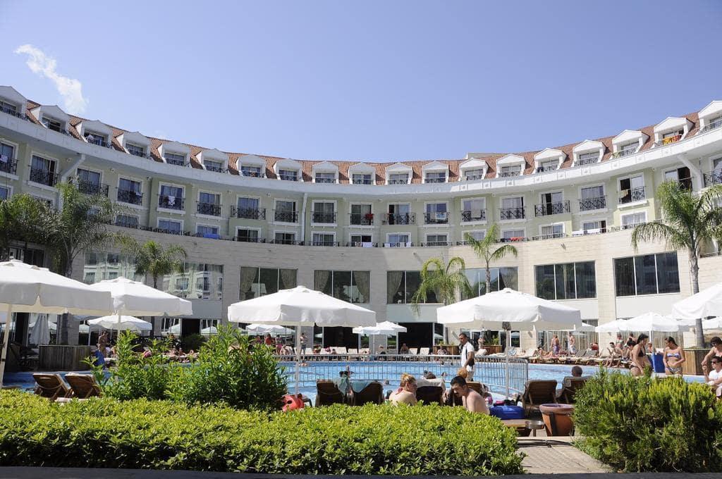 Letovanje_Turska_Hoteli_Avio_Kemer_Hotel_Meder_Resort-3.jpg