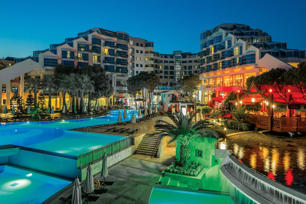Letovanje_Turska_Hoteli_Belek_Cornelia_De_Luxe_Resort-3.jpg