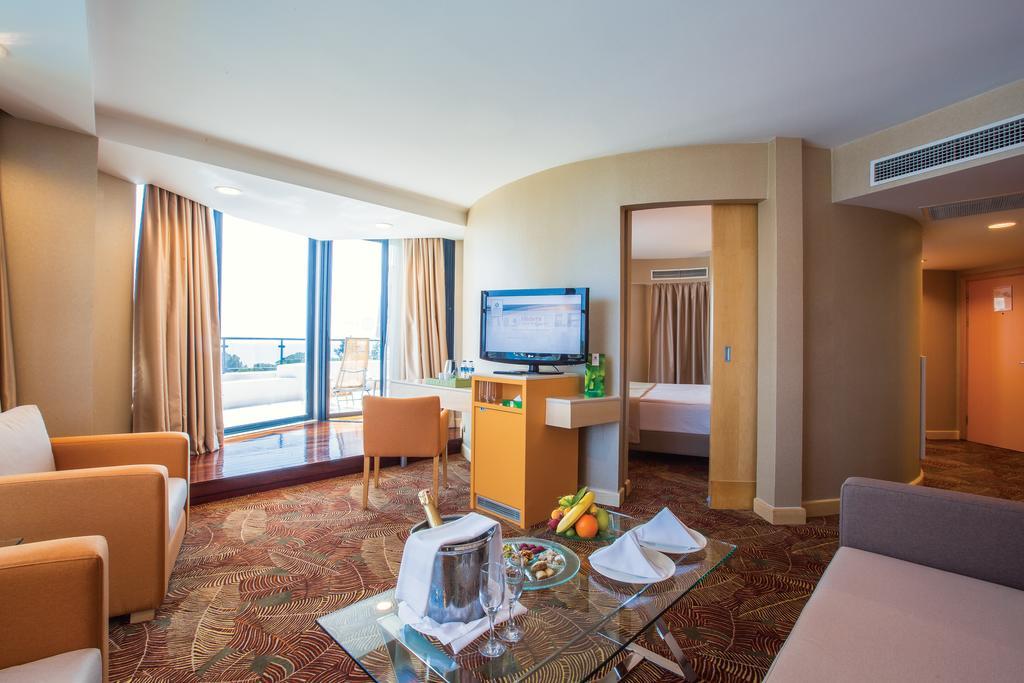Letovanje_Turska_Hoteli_Belek_Cornelia_De_Luxe_Resort-6-1.jpg