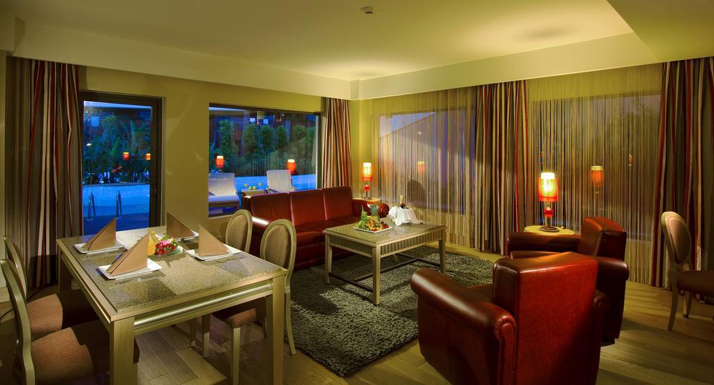 Letovanje_Turska_hoteli_Bekek_Corenelia_Diamond_Golf_Resort_and_Spa-2-1.jpg