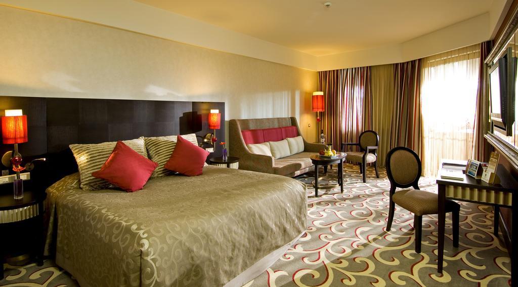 Letovanje_Turska_hoteli_Bekek_Corenelia_Diamond_Golf_Resort_and_Spa-3-1.jpg