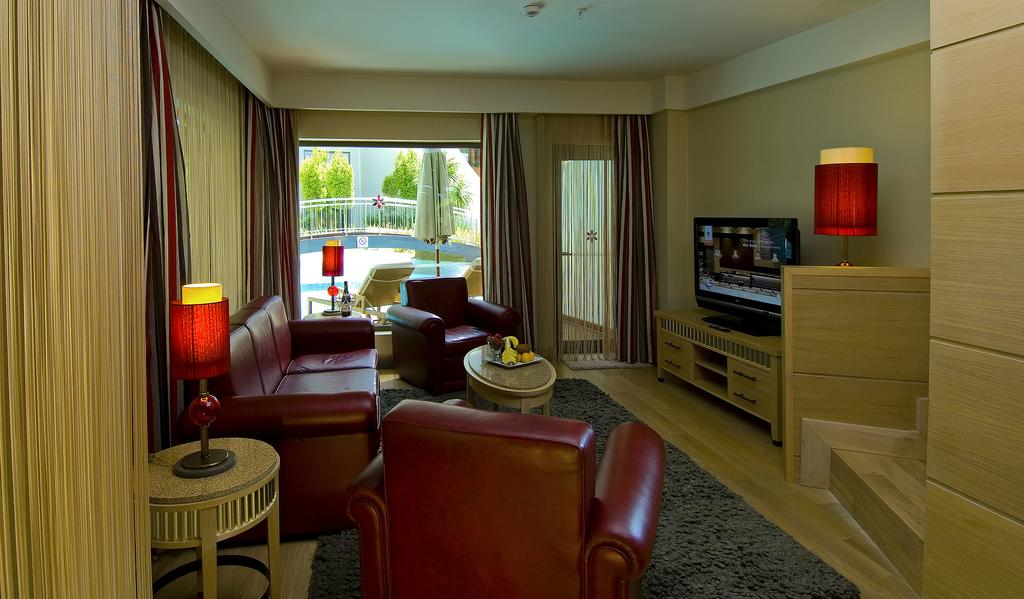 Letovanje_Turska_hoteli_Bekek_Corenelia_Diamond_Golf_Resort_and_Spa-6-1.jpg