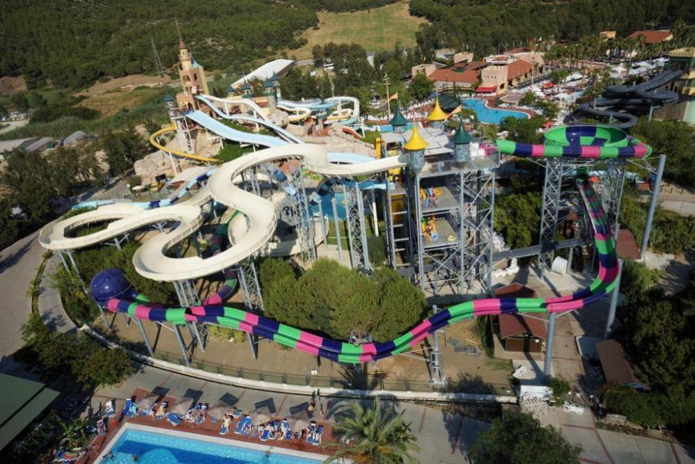 Letovanje_Turska_hoteli_Kusadasi_Aqua-Fantasy-Aqua-Park-hotel-and-Spa-15.jpg