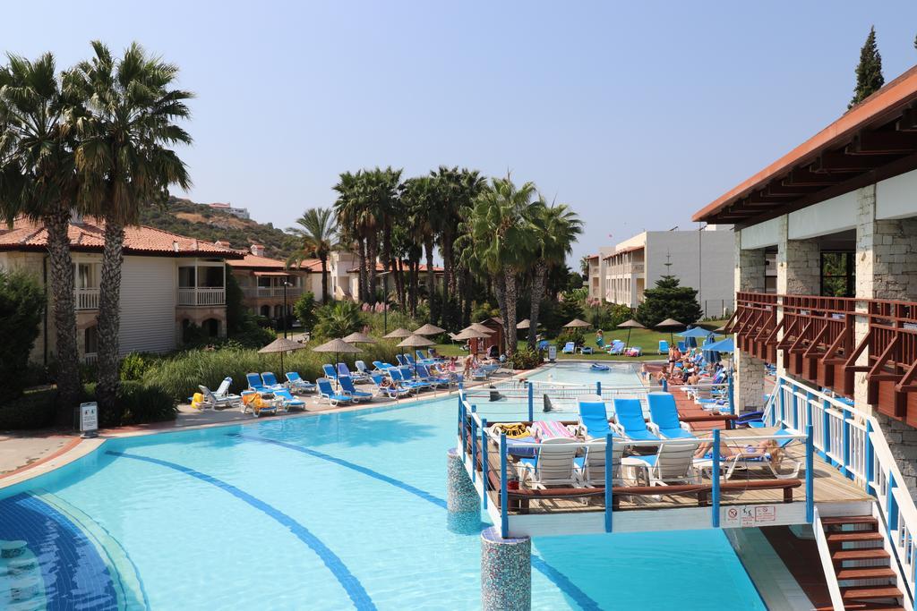 Letovanje_Turska_hoteli_Kusadasi_Aqua-Fantasy-Aqua-Park-hotel-and-Spa-2.jpg