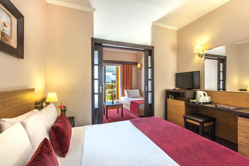 Letovanje_Turska_hoteli_Kusadasi_Aqua-Fantasy-Aqua-Park-hotel-and-Spa-5-1.jpg