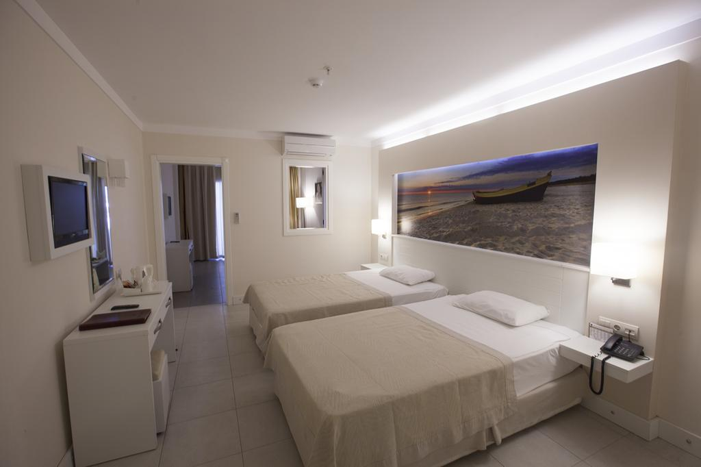 Letovanje_Turska_hoteli_Kusadasi_Hotel-Batihan-Beach-Resort-Spa-5-1.jpg