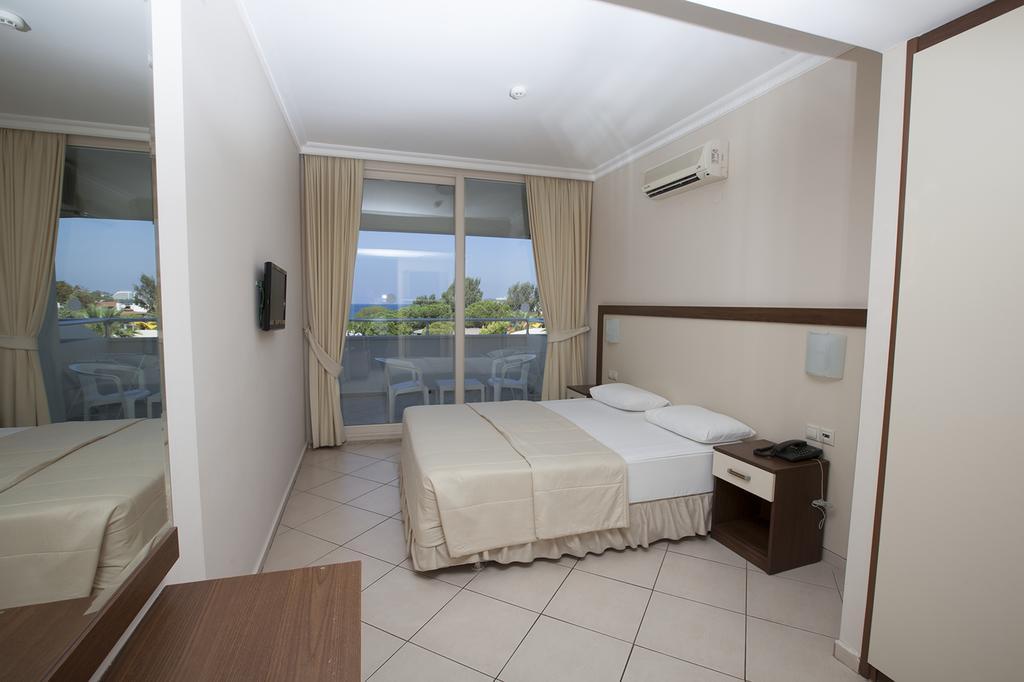 Letovanje_Turska_hoteli_Kusadasi_Hotel-Batihan-Beach-Resort-Spa-8-1.jpg