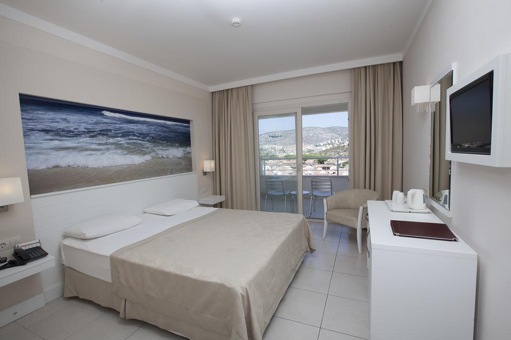 Letovanje_Turska_hoteli_Kusadasi_Hotel-Batihan-Beach-Resort-Spa-9-1.jpg