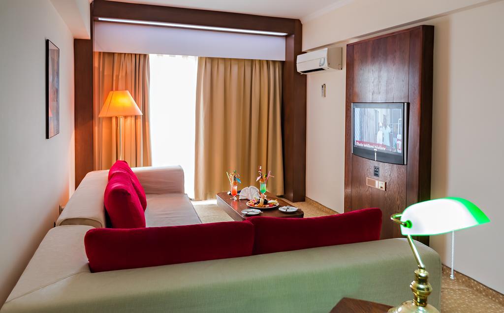 Letovanje_Turska_hoteli_Kusadasi_Hotel-Derici-4-2.jpg