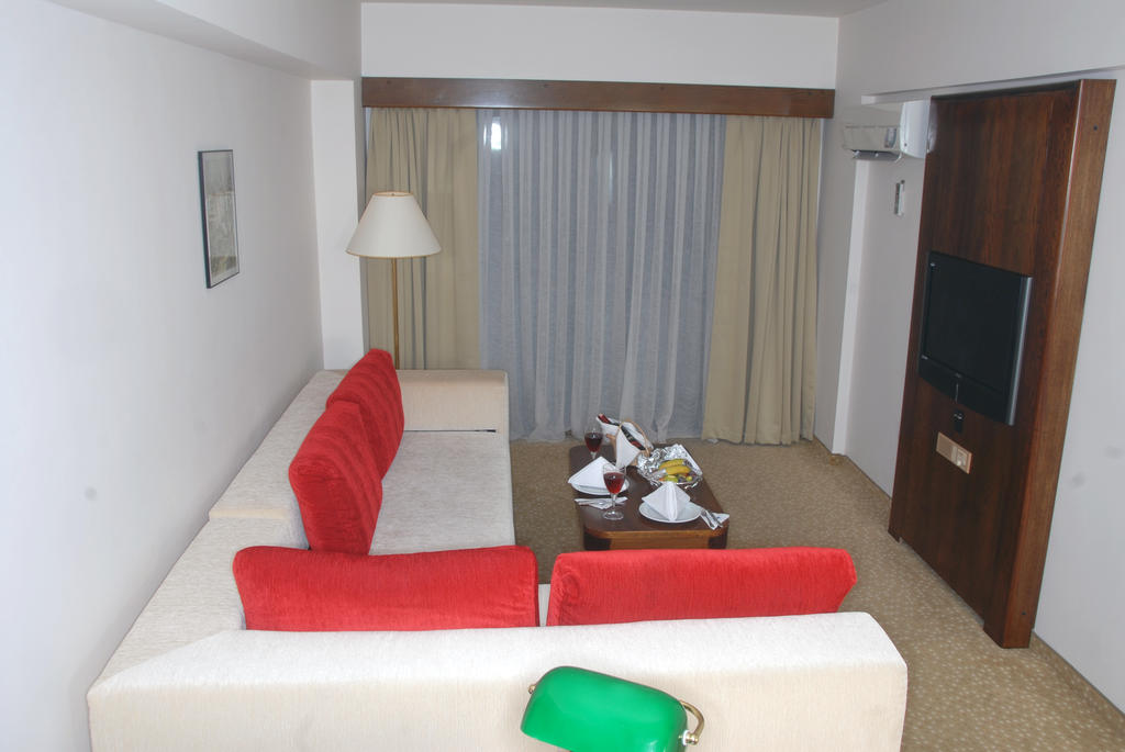Letovanje_Turska_hoteli_Kusadasi_Hotel-Derici-7-1.jpg