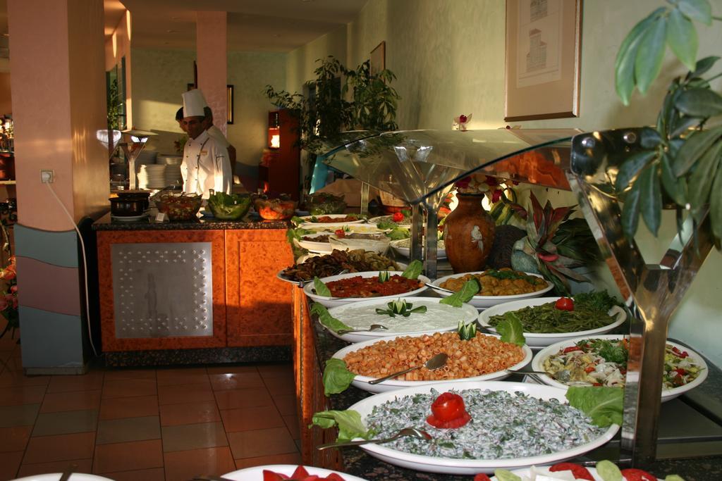 Letovanje_Turska_hoteli_Kusadasi_Hotel-Faustina-Spa-4-1.jpg