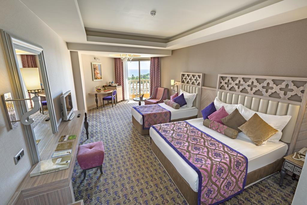 Letovanje_turska_hoteli_Royal_Alhambra_Palace-1-1.jpg