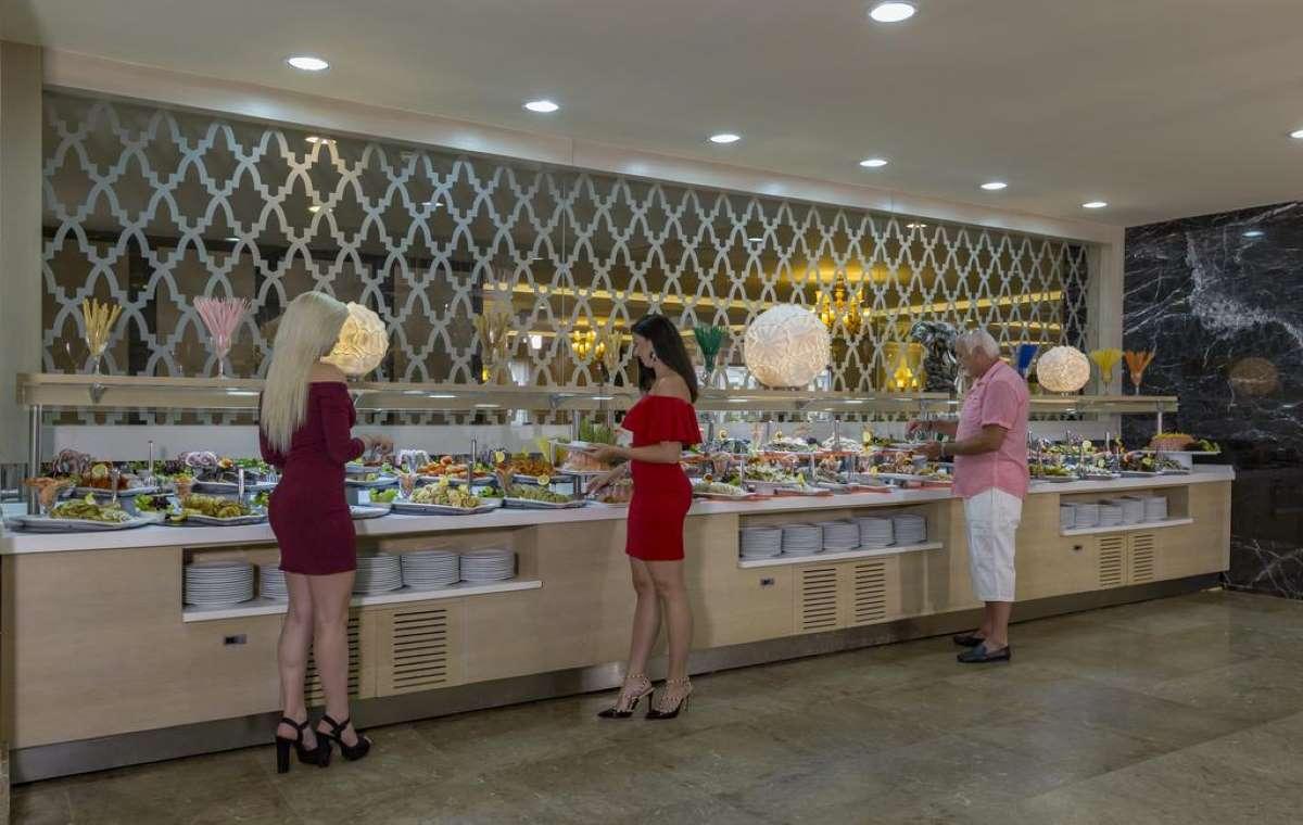 Letovanje_turska_hoteli_Royal_Alhambra_Palace-19.jpg