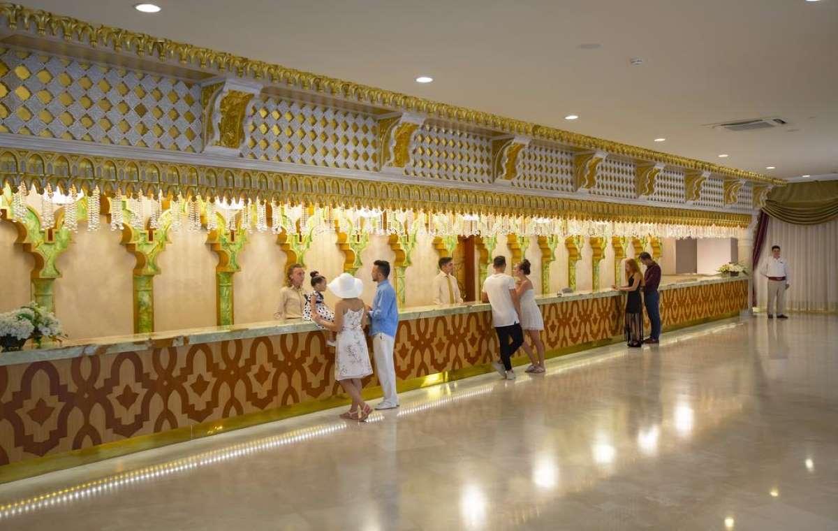 Letovanje_turska_hoteli_Royal_Alhambra_Palace-26.jpg