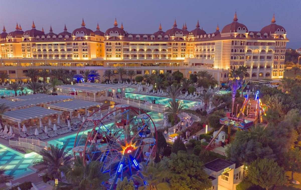 Letovanje_turska_hoteli_Royal_Alhambra_Palace-29.jpg