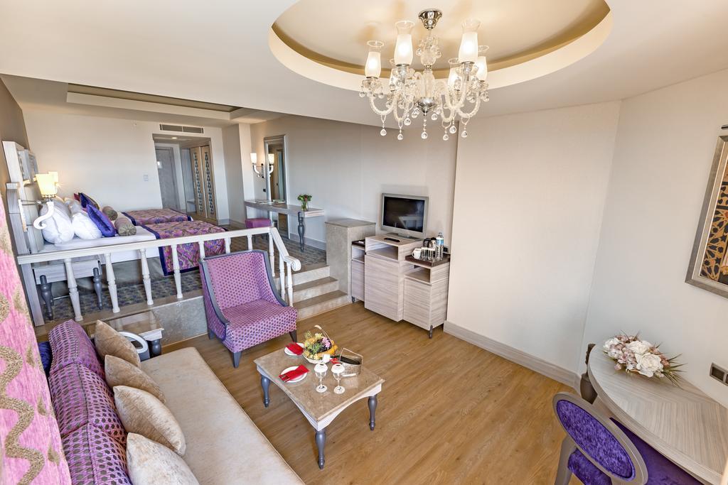 Letovanje_turska_hoteli_Royal_Alhambra_Palace-6-1.jpg