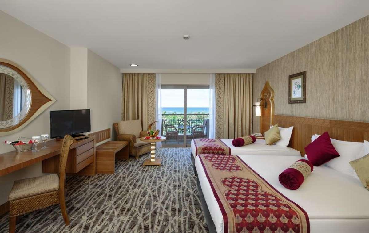 Letovanje_turska_hoteli_Royal_Dragon_Hotel-1-1.jpg