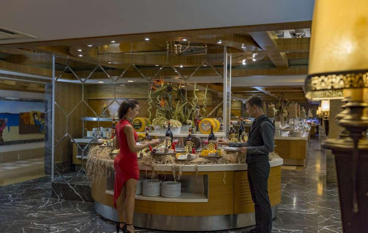 Letovanje_turska_hoteli_Royal_Dragon_Hotel-11.jpg