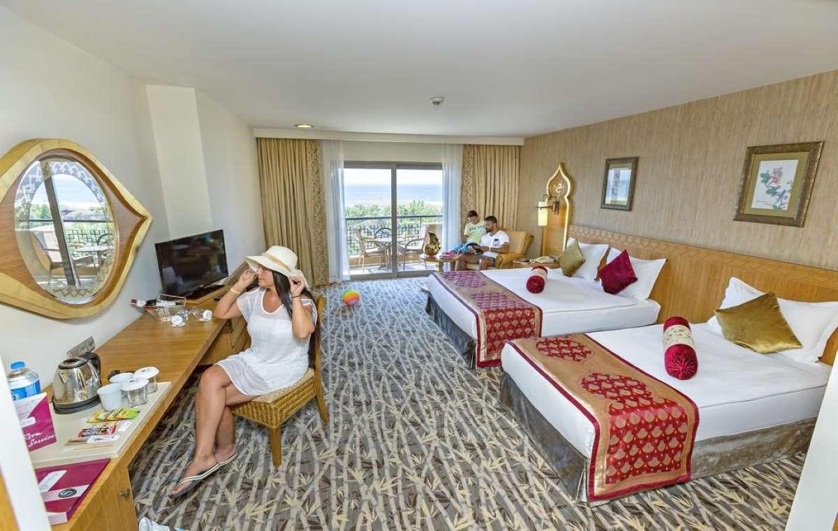 Letovanje_turska_hoteli_Royal_Dragon_Hotel-5-1.jpg