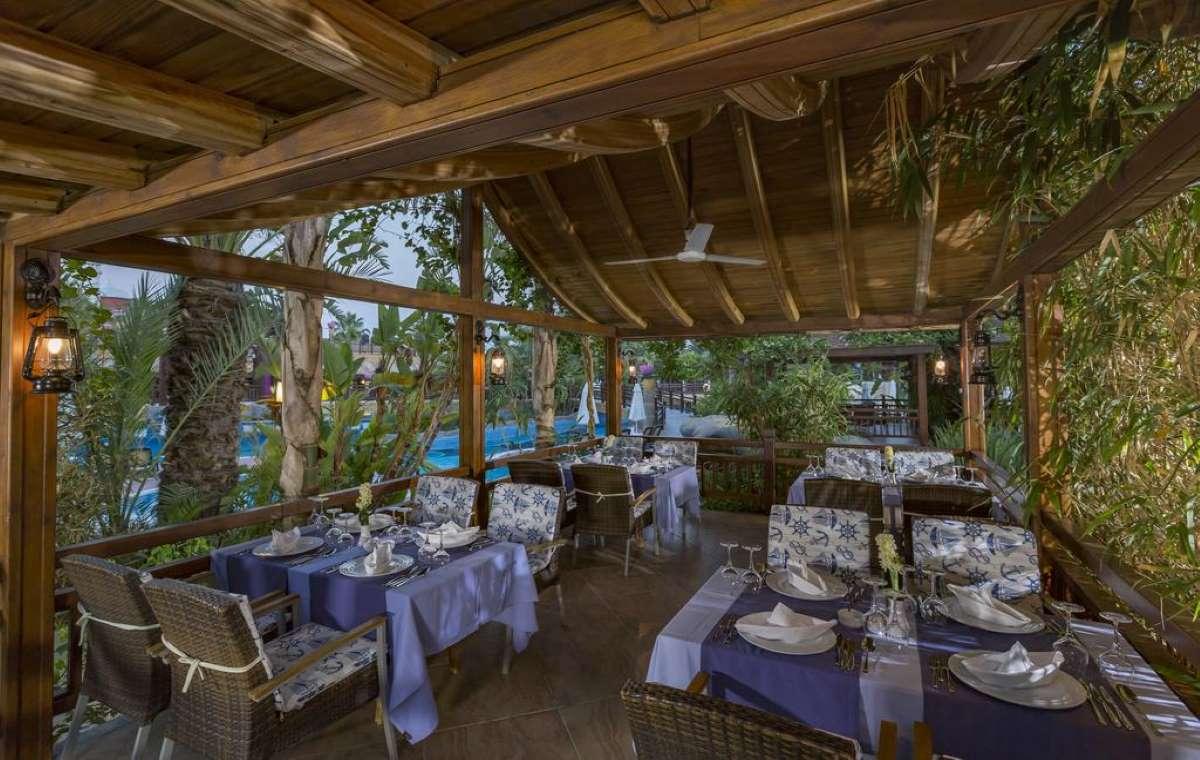 Letovanje_turska_hoteli_Royal_Dragon_Hotel-7.jpg