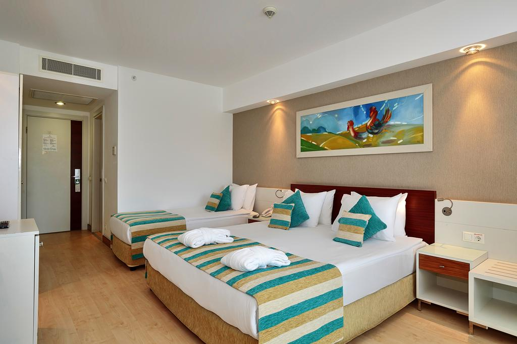 Letovanje_turska_hoteli_Sunis_Evren_Beach-1-1.jpg