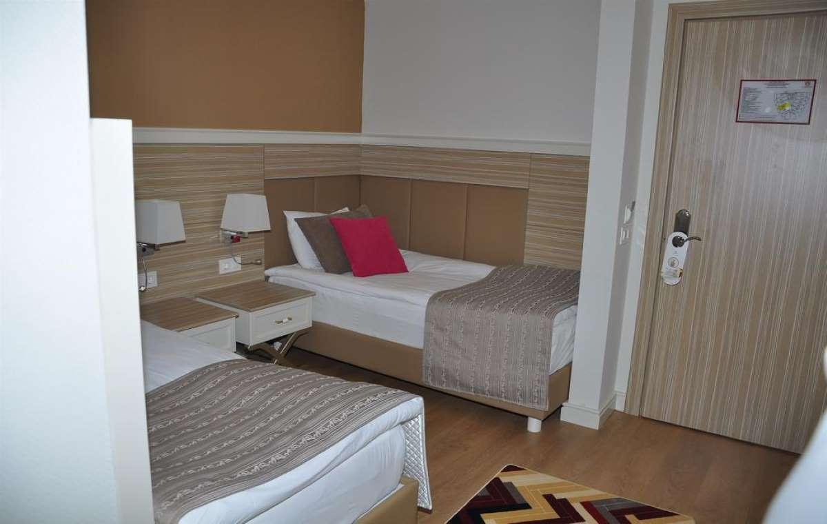 Letovanje_turska_hoteli_dolphin_deluxe_resort-1-1.jpg