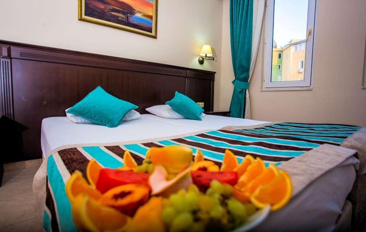 Letovanje_turska_hoteli_kleopatra_royal_palm-1-1.jpg