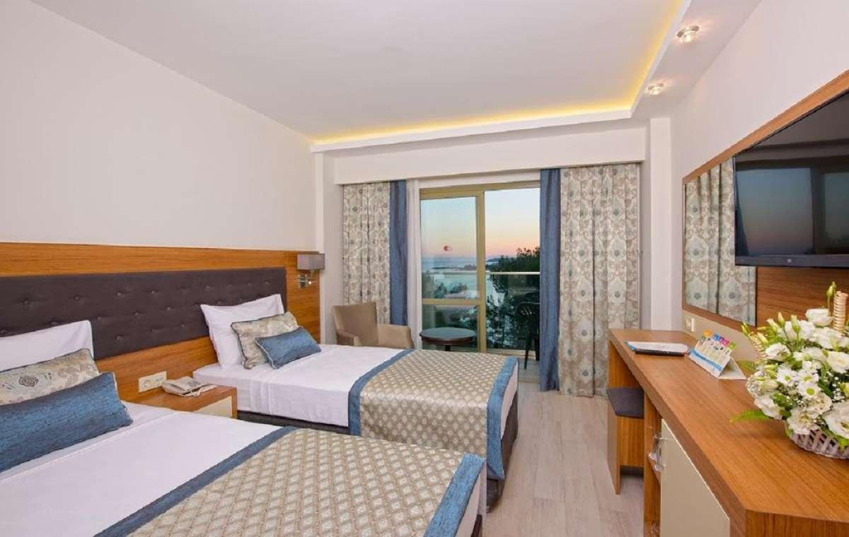 Letovanje_turska_hoteli_miarosa_incekum_west_resort-5-1.jpg