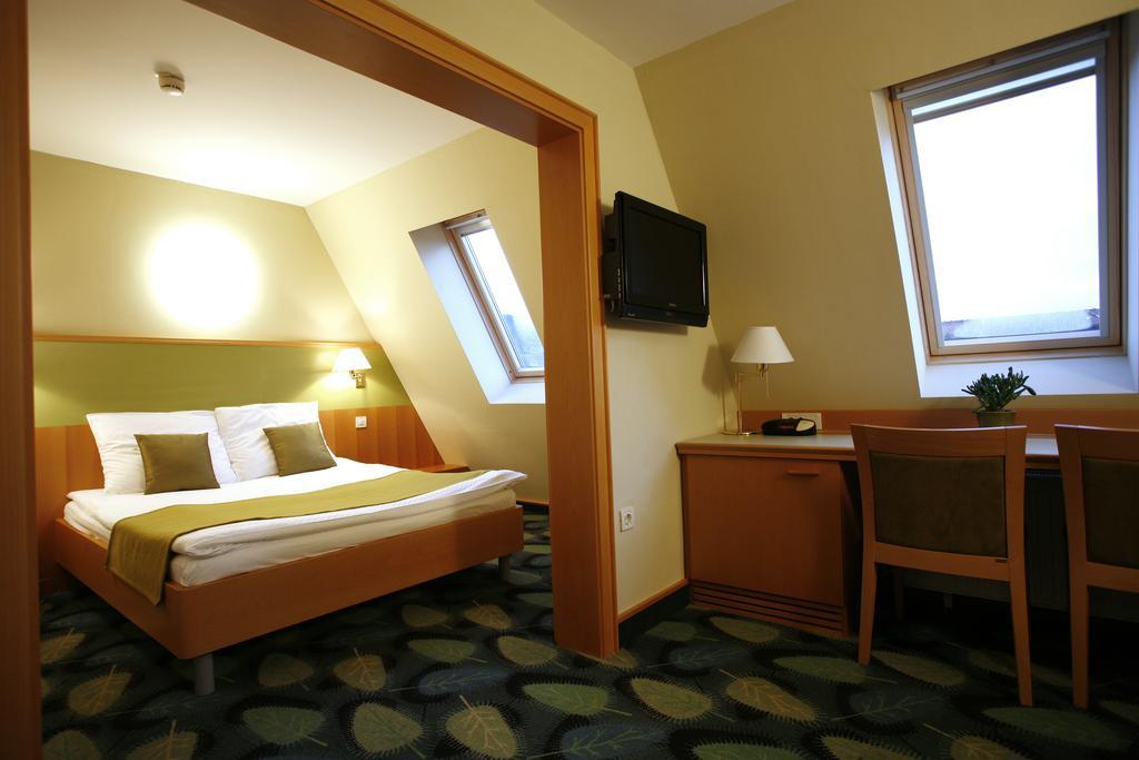 Terme_Dolenjske_Toplice_Hotel_Kristal-3.jpg