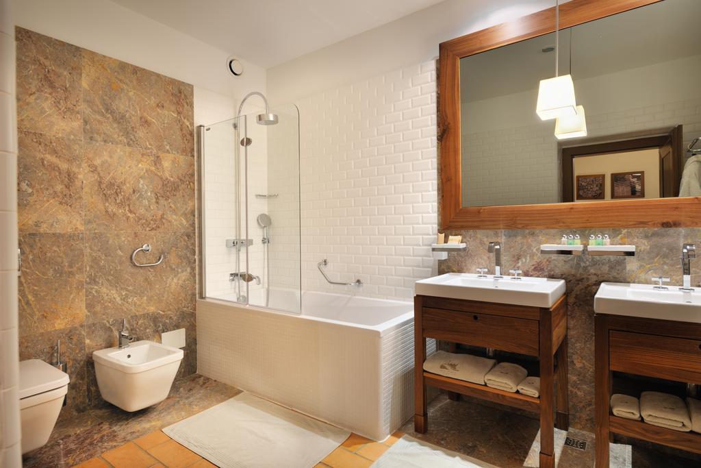 Terme_Otocec_Hotel_Grad_Otocec-3.jpg