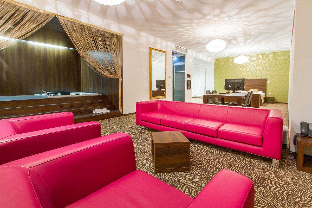 Terme_Rimske_Terme_Hotel_Rimski_Dvor-2.jpg