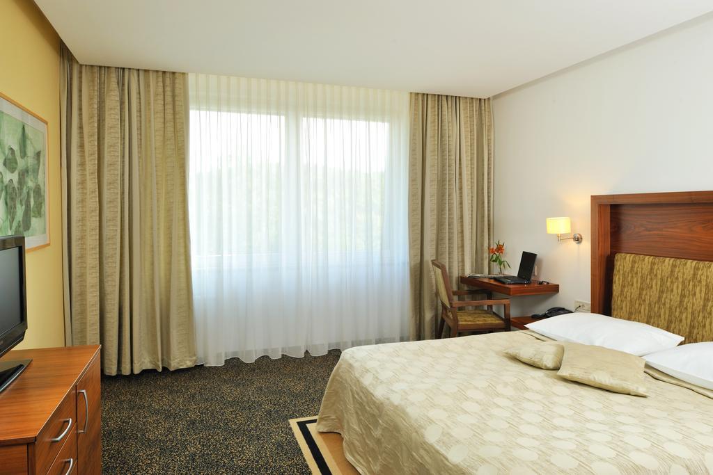 Terme_Smajerske_toplice_Hotel_Vitarijum_superior-13.jpg
