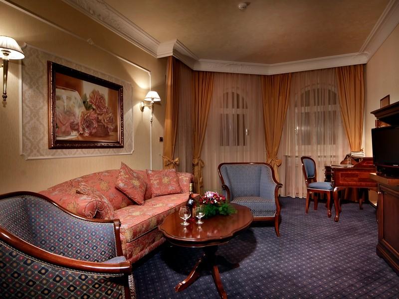 Zimovanje_Hoteli_Bugarska_Festa_Winter_Palace2.jpg