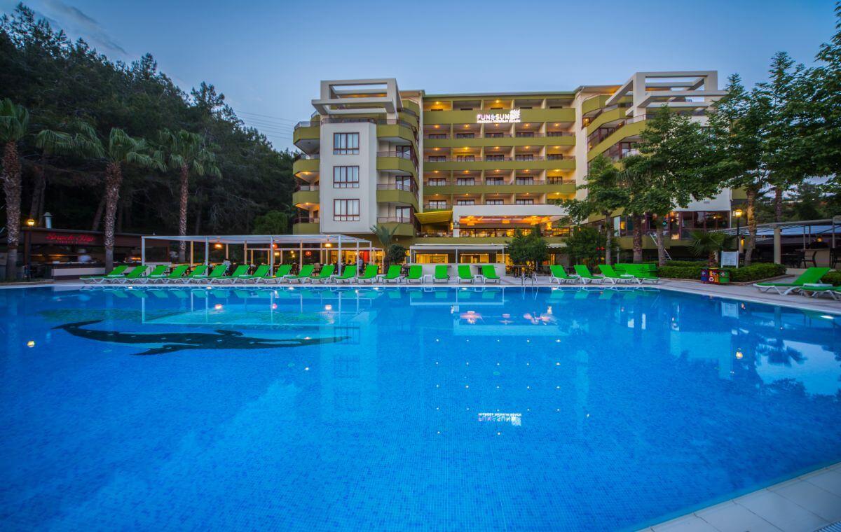letovanje_Turska_hoteli_Alanja_Hotel_FUN_and_SUN_Miarosa_Incekum_Beach-1.jpg