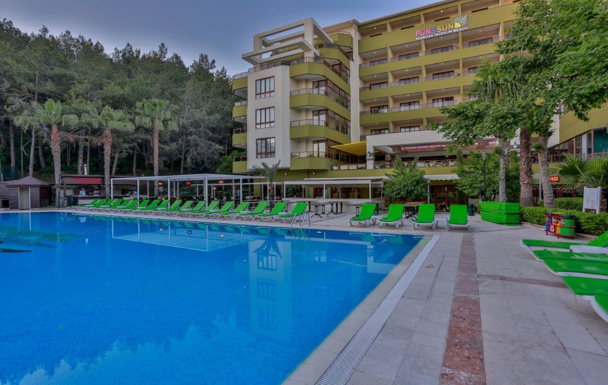 letovanje_Turska_hoteli_Alanja_Hotel_FUN_and_SUN_Miarosa_Incekum_Beach-2.jpg