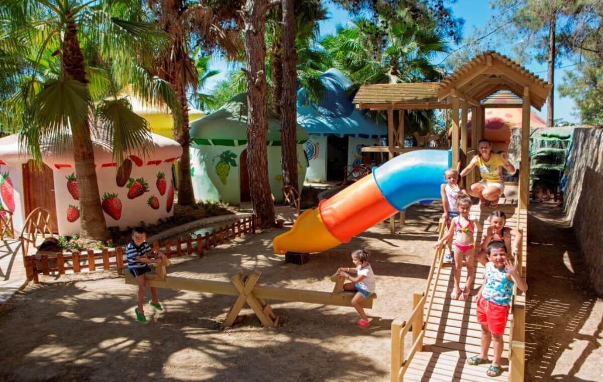 letovanje_Turska_hoteli_Alanja_Hotel_FUN_and_SUN_Miarosa_Incekum_Beach-5.jpg