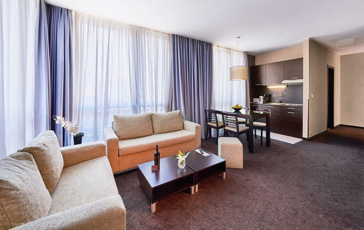 Zimovanje_Bugarska_Bansko_Apart_Hotel_Lucky_Bansko_SPA__Relax_Barcino_Tours-22.jpg