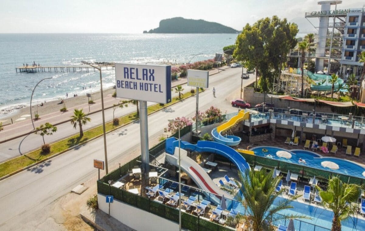 Hotel Relax Beach