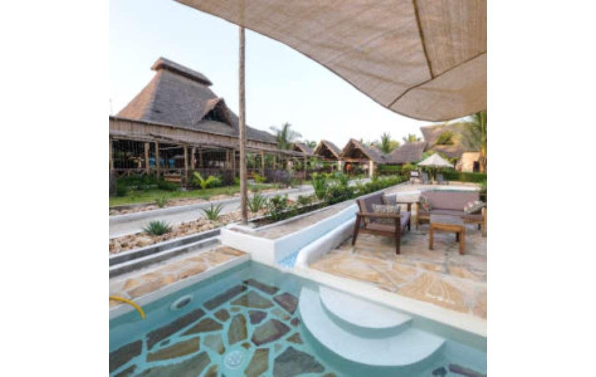Hotel Paradise Beach Resort 4*